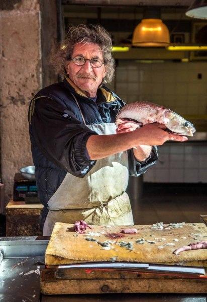 fish-market-syracuse-sicily_15973789826_o